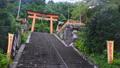 和歌山県 那智山青岸渡寺の赤い鳥居と石段 71035371