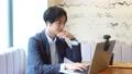 카페 임대 사무실 사무직을하는 남성 73112140