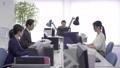사무실에서 일하는 비즈니스맨들 74656256