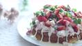 草莓蛋糕,磅蛋糕,白巧克力,水果蛋糕,糖果,草莓,甜食 74757824