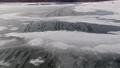 冬の凍結した湖 74776523