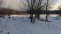 冬の凍結した湖 74776526
