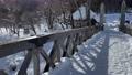 """在大手市的懸索橋上走到帶有萬向節攝影的懸索橋茶館"""" Kodaian""""的前面,長野縣白馬村 75241187"""