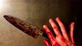 放滿血的刀,發抖的版本 75824193