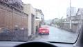 一滴雨流過玻璃 76074011