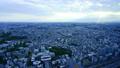 요코하마 시간 경과 미나토 미라이에서 바라 보는 석양 이전 틈새 빛살과 사가 평야와 후지산 방면의 거리 풍경 78564796