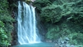 鹿児島県霧島市の丸尾の滝  80893879