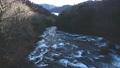 橋の上から見た晩秋の竜頭の滝上流部のダイナミックな流れ@奥日光、栃木 81547219