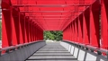 八ッ場ダム吐水口上の赤い橋 81597099