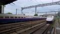 上毛高原駅を発車・停車する上越新幹線E2系 81615573