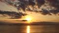 千葉県 東京湾 夕暮れの海(タイムラプス) 81822220